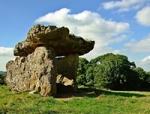 Prehistoryczne grobowce Tinkinswood i St Lythans