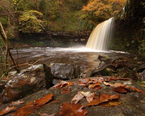 Jeden z wodospadów w Dolinie Neath