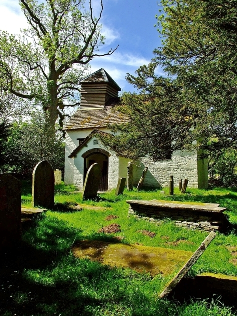 St. Mary's Church w Capel-y-ffin