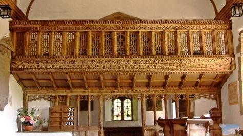 Największy skarb kościoła Świętego Issui - szesnastowieczne drewniane lektorium