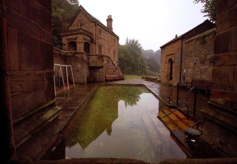 Cudowna studnia świętej Winefride w Holywell