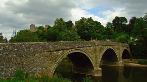 Most Dinham i Zamek Ludlow
