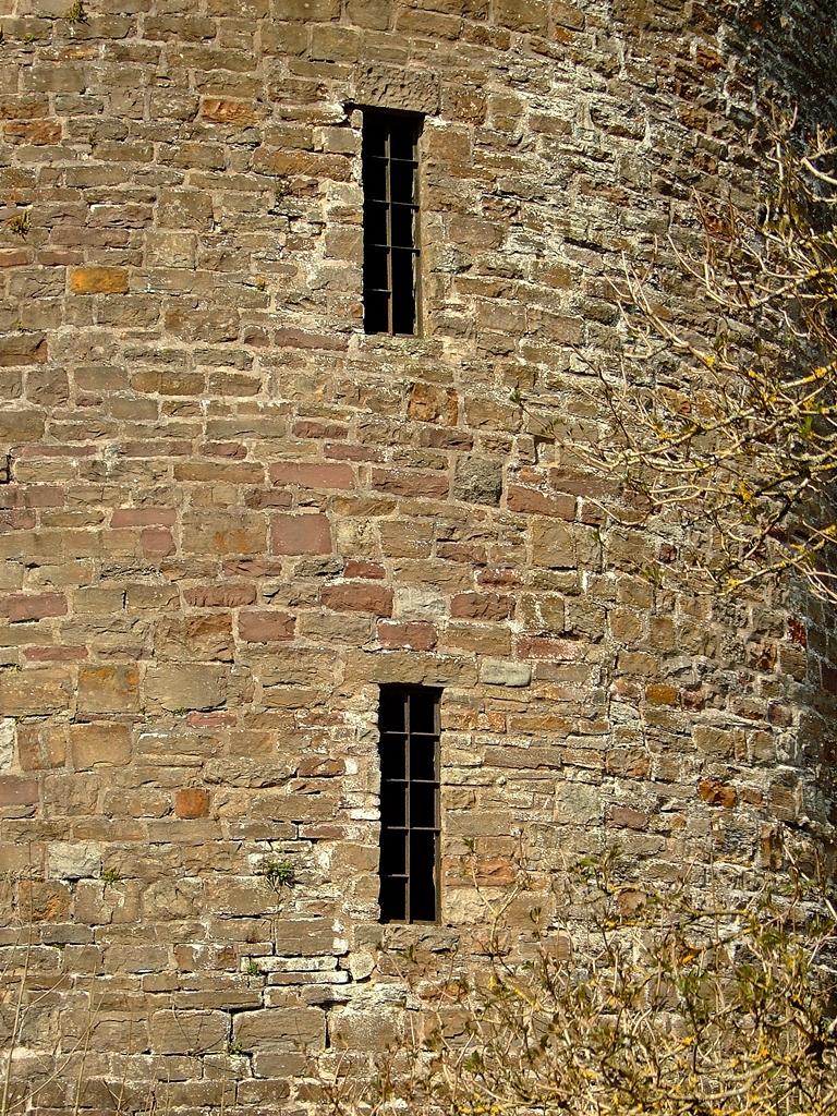 Nantyglo Round Towers/Okrągłe Wieże z Nantyglo - Wieża północna