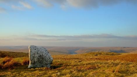 Pen Maen Wern - standing stone na wzgórzach nad Doliną Claerwen