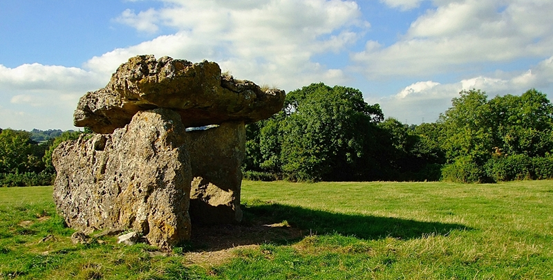 St Lythans burial chamber