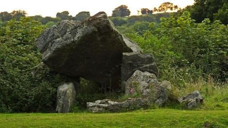 Gaer Llwyd burial chamber
