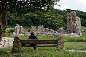 Zamek Ogmore, południowa Walia, autor: Smok Walijski