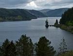 Pistyll Rhaeadr i Lake Vyrnwy